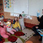 Ikimokyklinukams į pagalbą pasitelkiamos emocijų pirštininės lėlytės